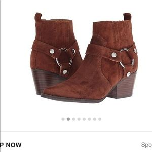 NWT LTD Marc Fisher Halie Brown Suede Ankle Boots